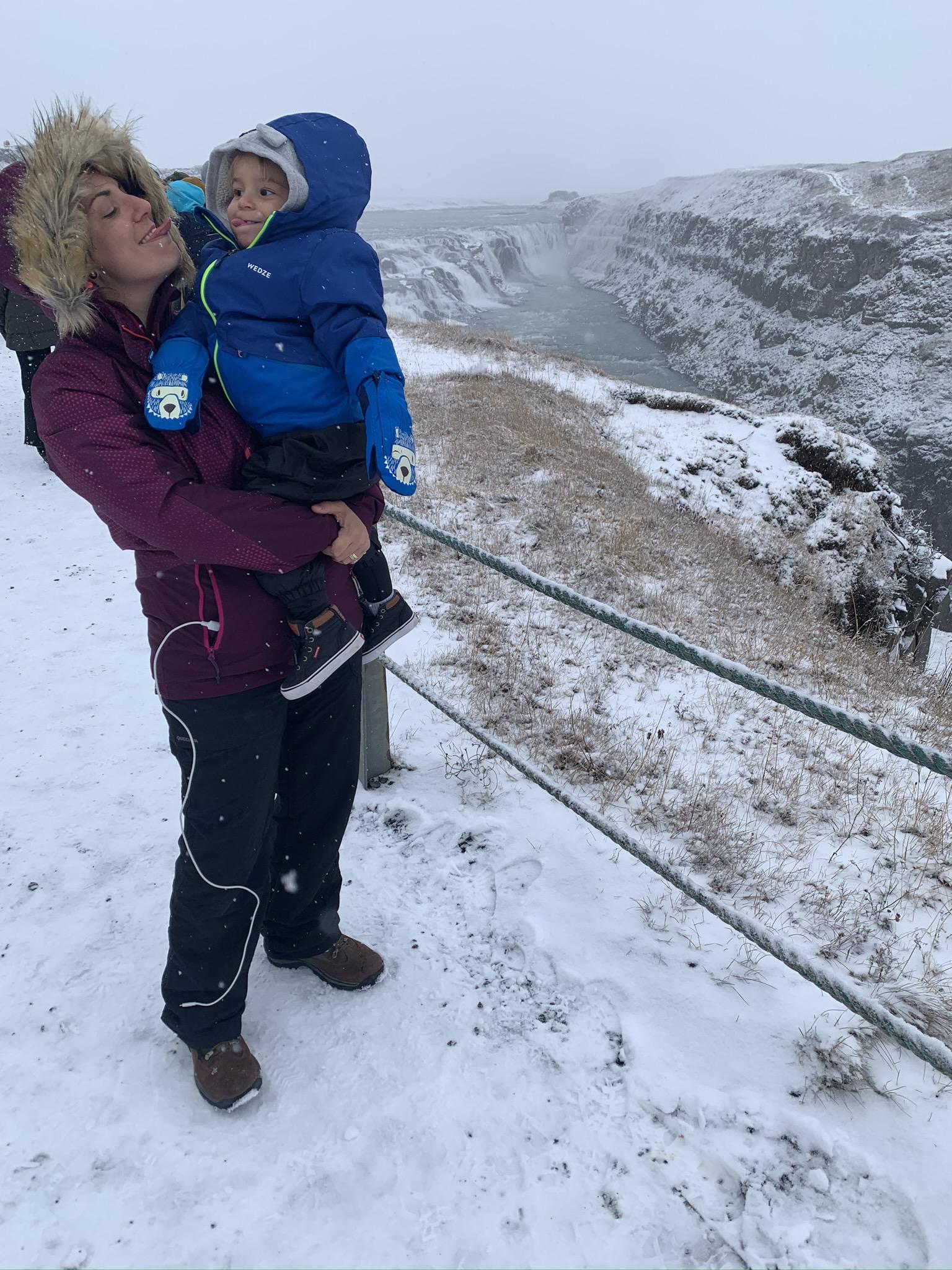 Islândia com crianças
